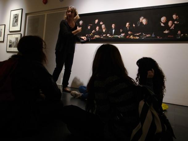 Claire Collison audio describing Actors Last Supper at NPG Photo credit: Martina Schmid